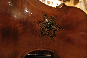 violin with Star of David