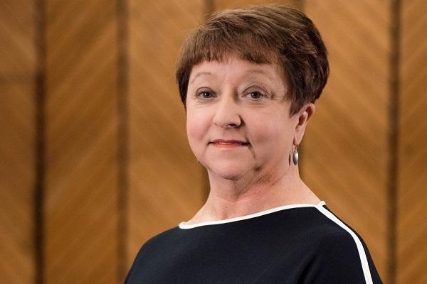 Delia Neil